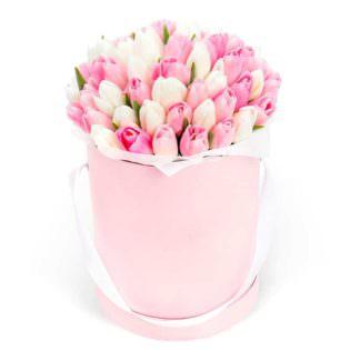 Цветы в коробке «Чувства»
